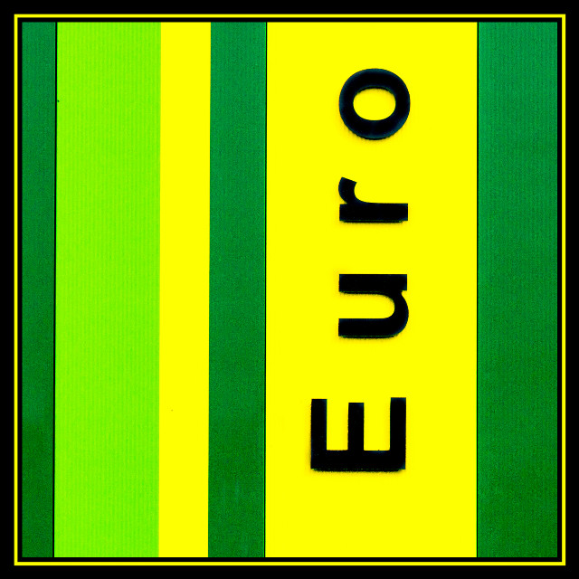 No dollars but euro's #photography #colorful #detail #green #yellow