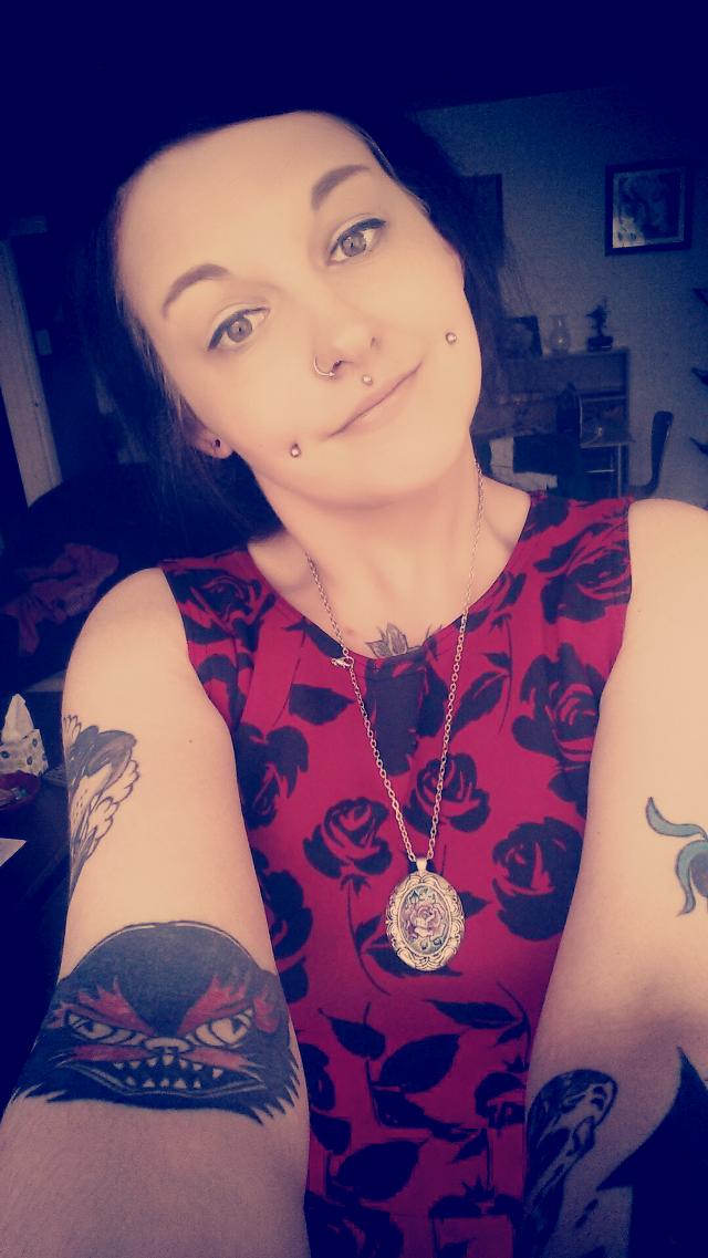#piercing #tattoo #polishgirl #swag #red #selfie