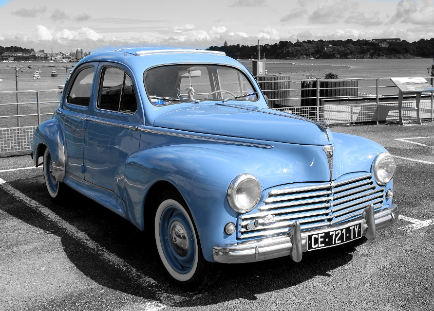 #old#cars #colorsplash#peuqeot 203